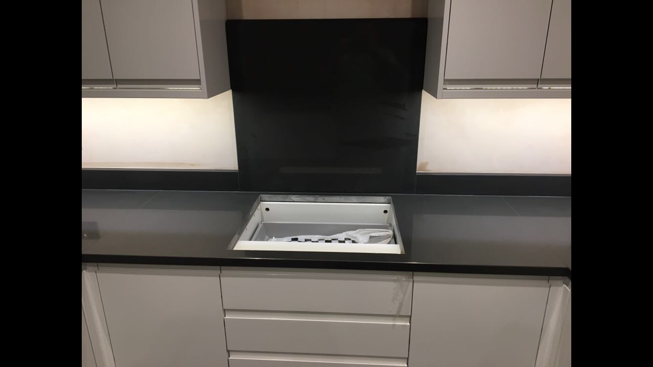 Charcoal Grey Quartz hob cut out